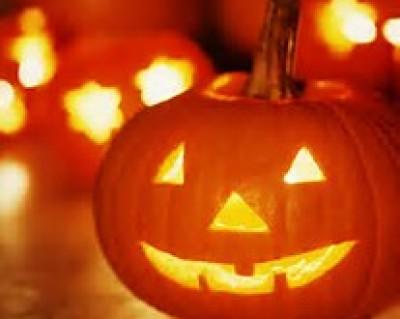 a smiling jack-o-lantern bodes a happy halloween